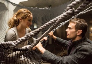 (L-R) SHAILENE WOODLEY and THEO JAMES star in DIVERGENT