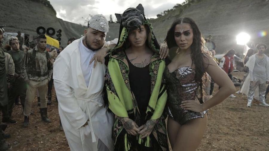 Anitta e J Balvin lançam clipe de 'Machika', assista!