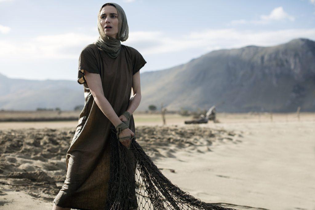 """Uma mulher à frente de seu tempo: Assista ao novo trailer de """"Maria Madalena"""", com Rooney Mara"""