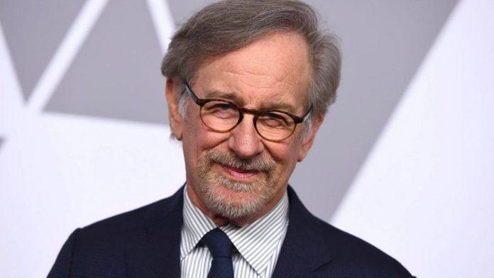 Steven Spielberg vai dirigir o filme Falcão Negro da DC Comics